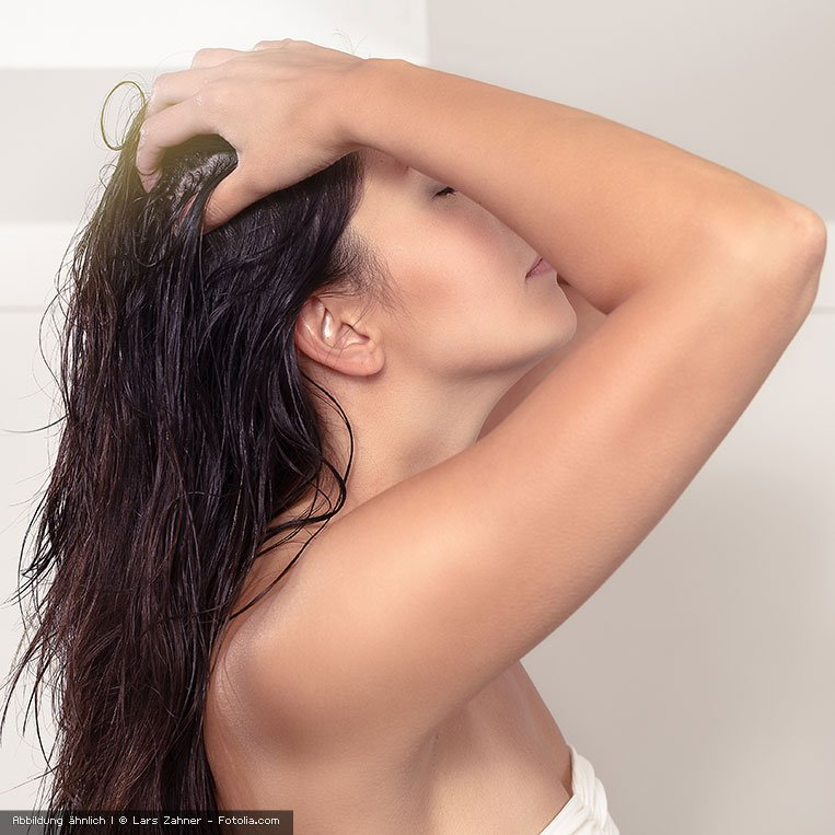kraftvolles sattes Haar